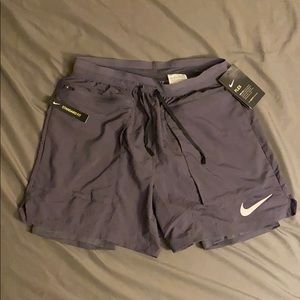 Nike Flex Stride Elevate Shorts size Small